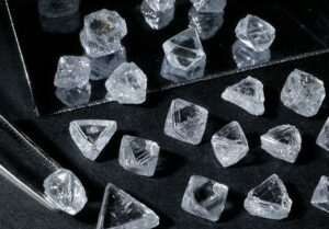 Alrosa hikes prices in hot rough market