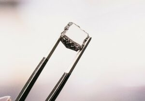 Diamond Foundry gets warning over ads