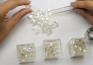 Alrosa looking at how kimberlite can grab CO2